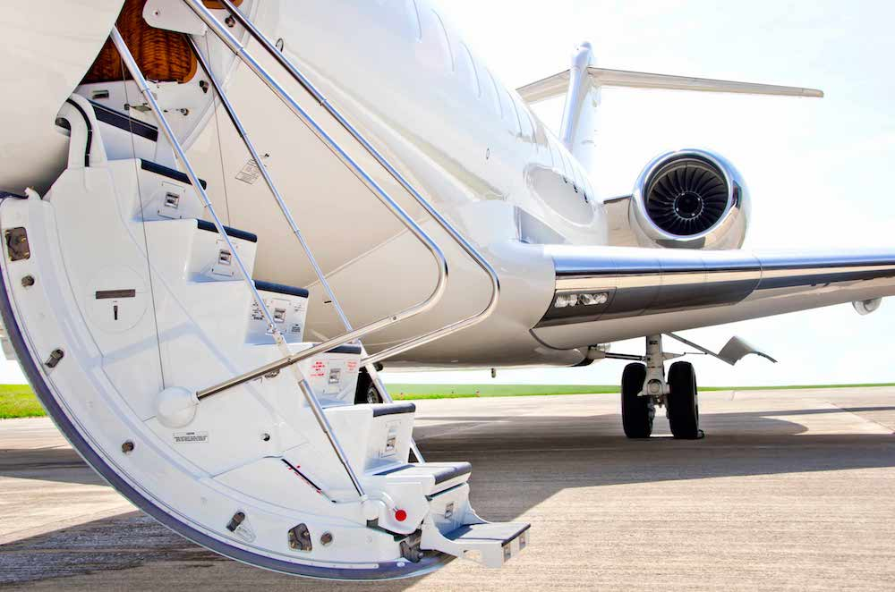 Travel by private jet