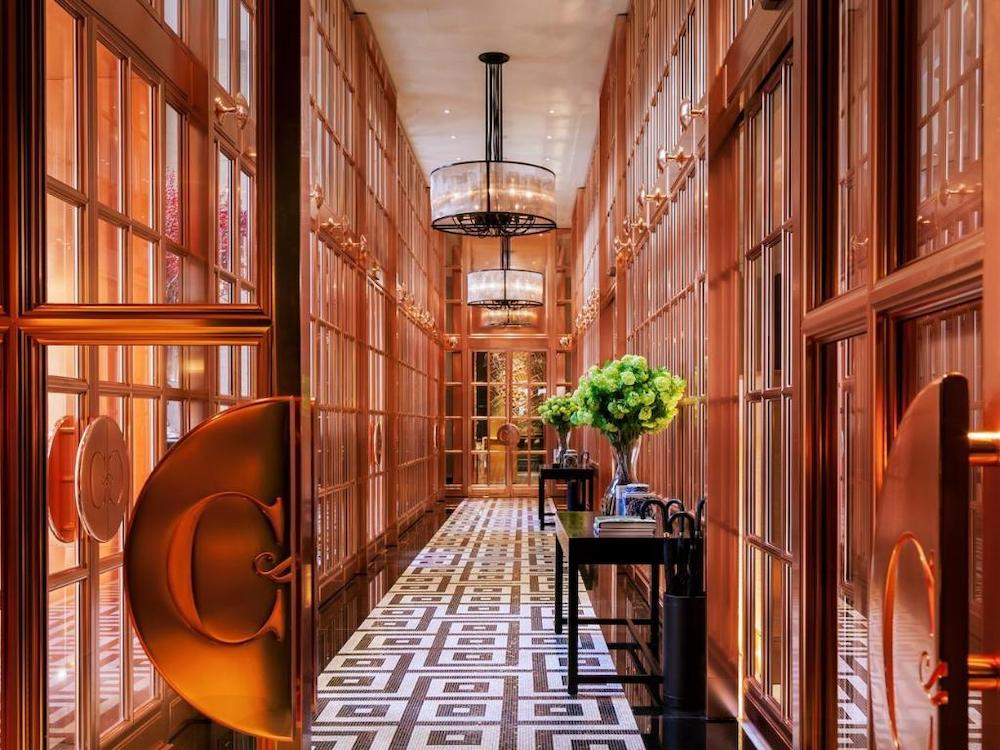 The stunning lobby at Rosewood London
