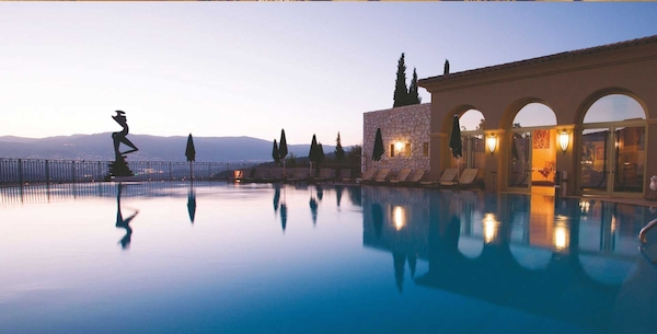 The best hotels in the south of france the bon vivant for Le mas provencal eze