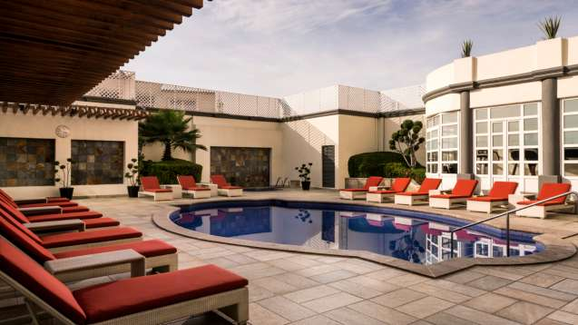 The rooftop pool at Four Seasons Mexico City