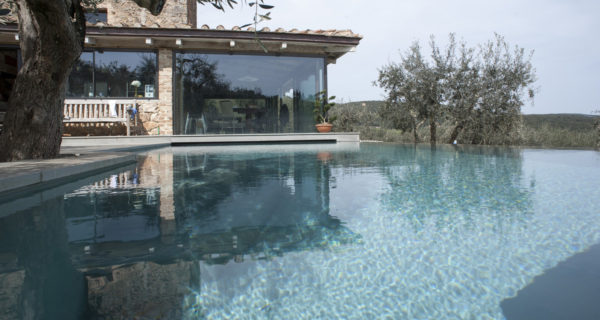 The Casina is a private luxury villa for couples in Tuscany