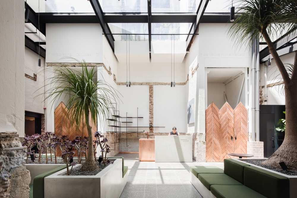 Paramount House Hotel in Surry Hills in Sydney